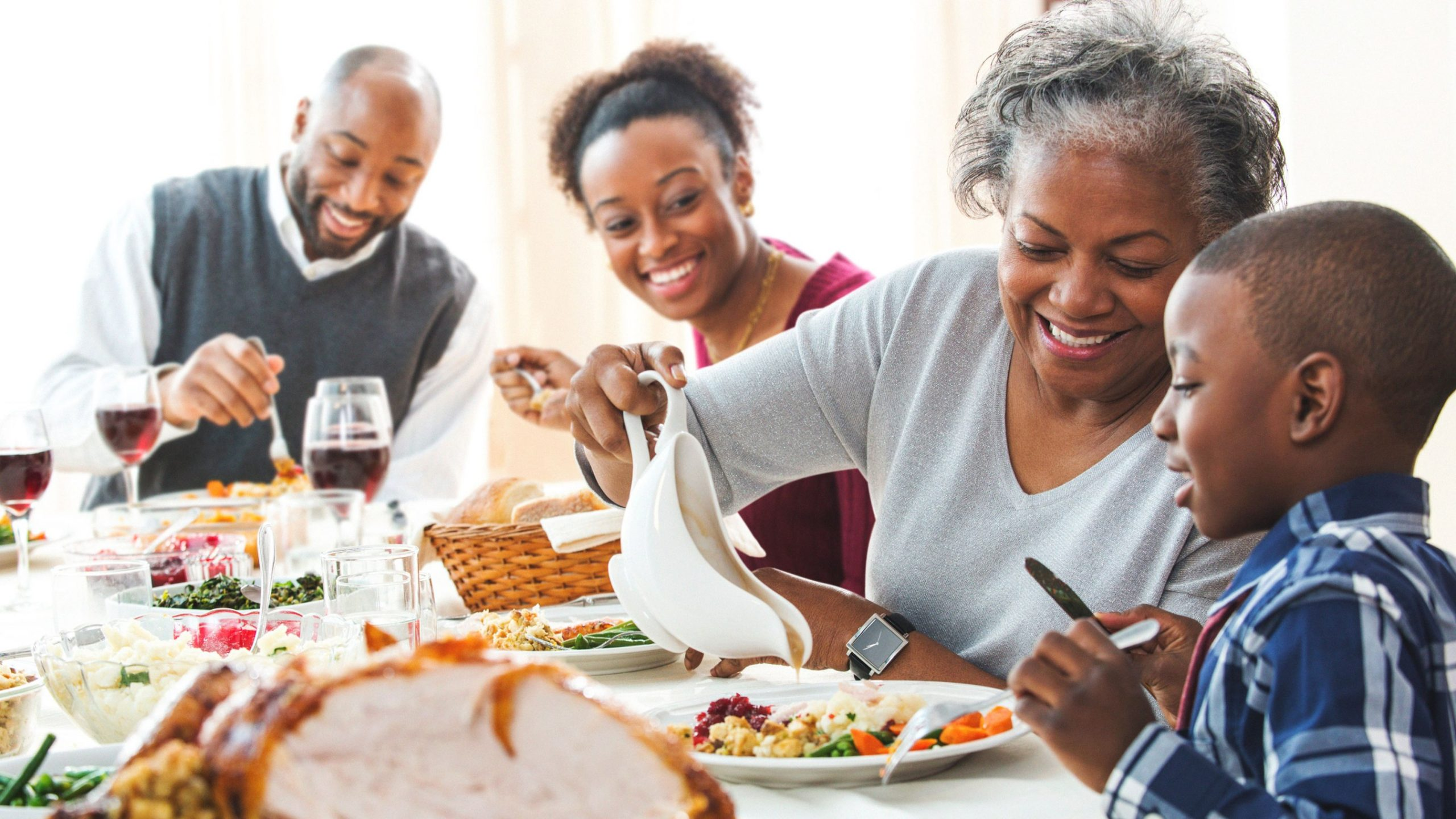Healthy Benefits Of Family Mealtime